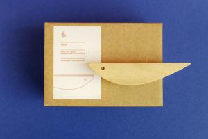 Deko Holzfisch von topographic mit Verpackung